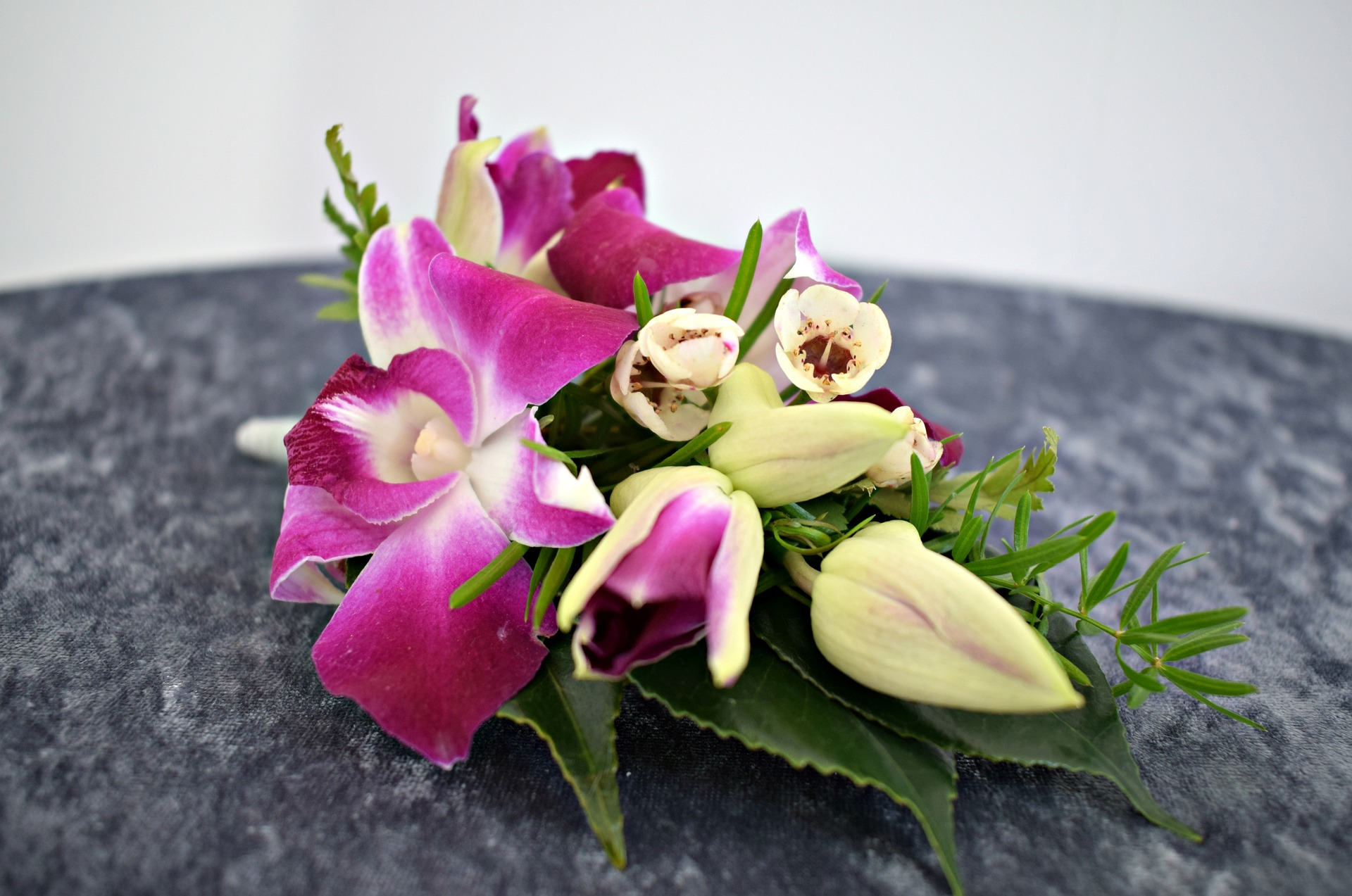 Corsage & Boutonnieres for your special occasion.