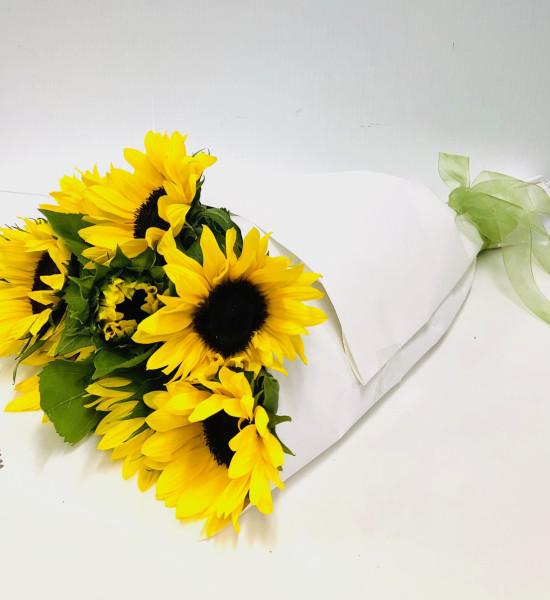 sunflower bouquet delivered