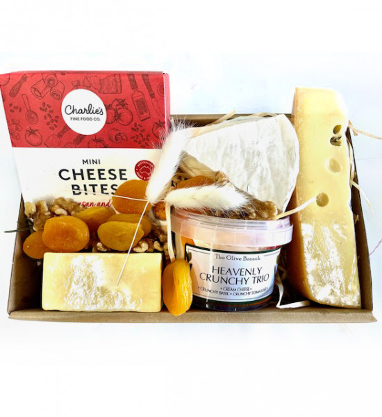 Gourmet cheese hamper gift delivery